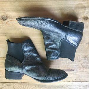 Donald J. Pliner  metallic booties 8